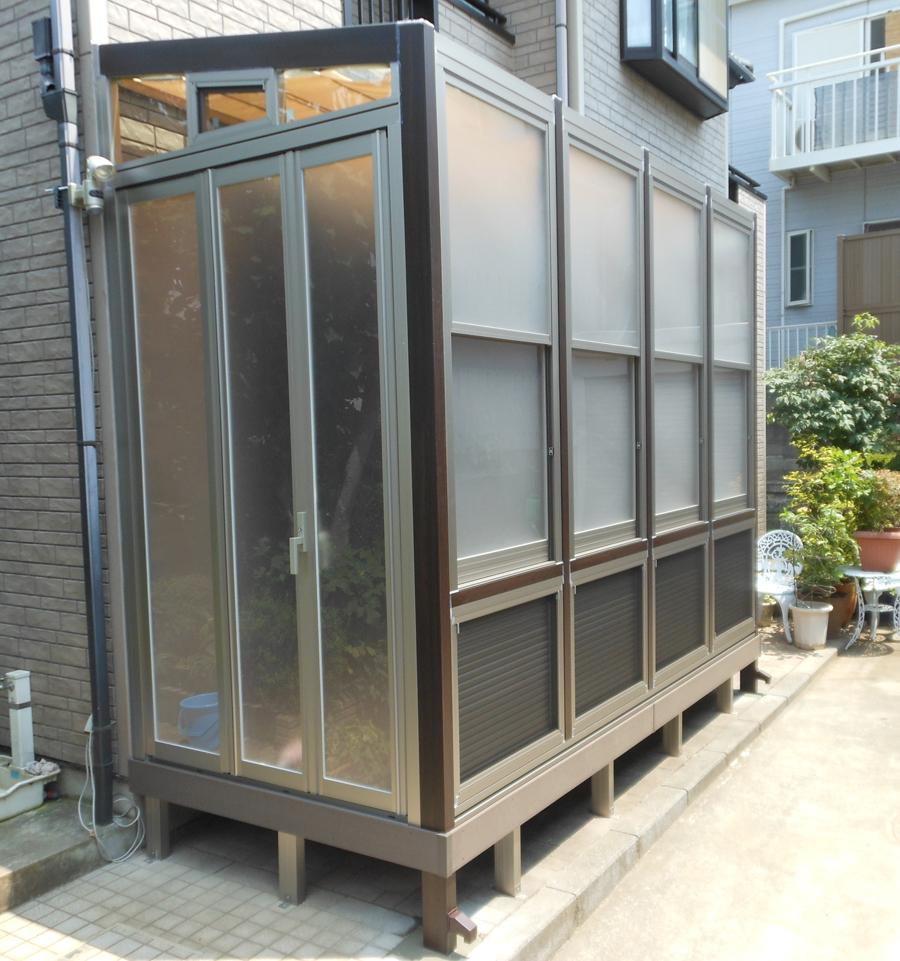 横浜市 ネコちゃんのガーデンルーム